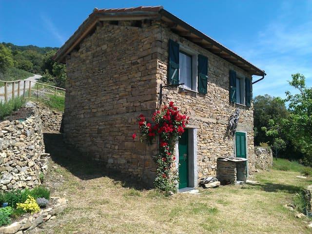 Rustico in Ligurien, nahe Sanremo - Arma di Taggia - House