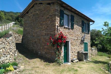Rustico in Ligurien, nahe Sanremo - Arma di Taggia