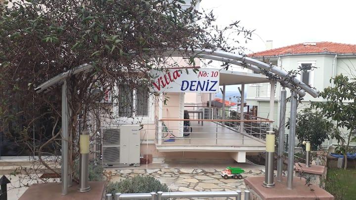 Ayvalık Villa Deniz (Bahçe katı)