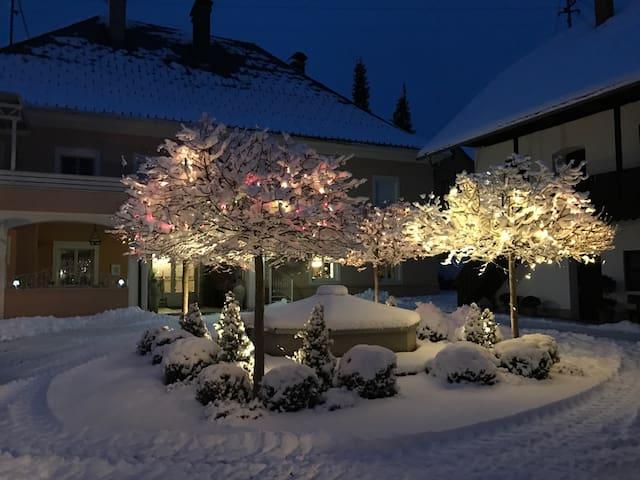 Suite in charmantem Gutshof - Sankt Michael ob Bleiburg - Apartemen