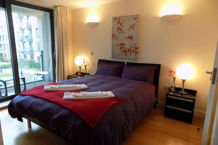 5* Luxury EnSuite Bedroom. Sauna, steam room & Gym - London - Apartment
