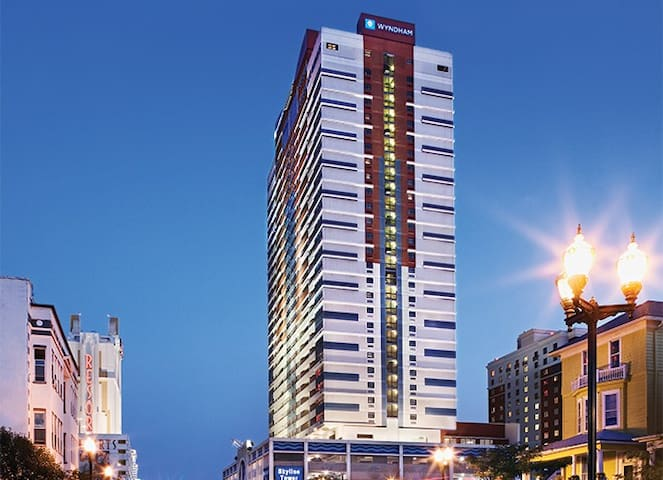 Enjoy the City Life at Wyndham Skyline Tower - Atlantic City - Apartament