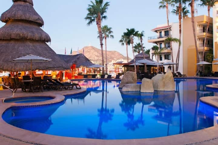 PREMIUM STUDIO NAUTICAL JR. SUITE IN CABO