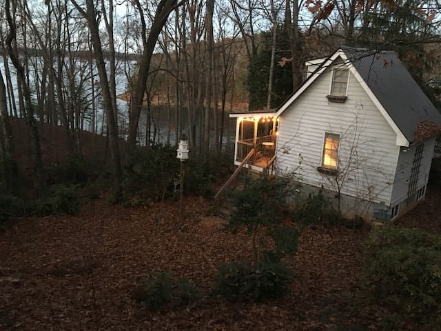 Artist Cabin on Lake Lanier