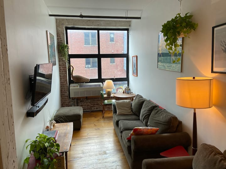 Come stay in our AMAZING Williamsburg loft!