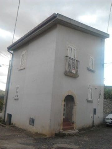 San Nicandro  graziosa casetta indipendente. - Castelnuovo - Huis