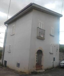 San Nicandro  graziosa casetta indipendente. - Castelnuovo