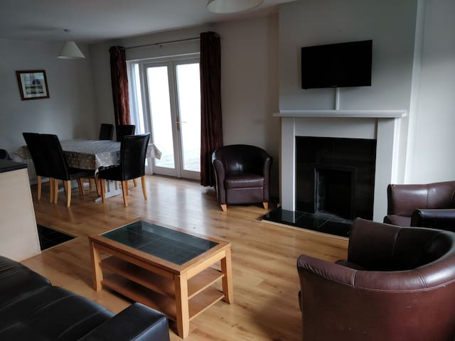 Diving and Living Area