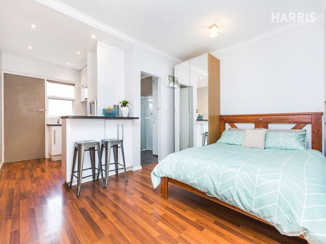 Cozy studio unit in Glenelg East - Glenelg East - Apartamento