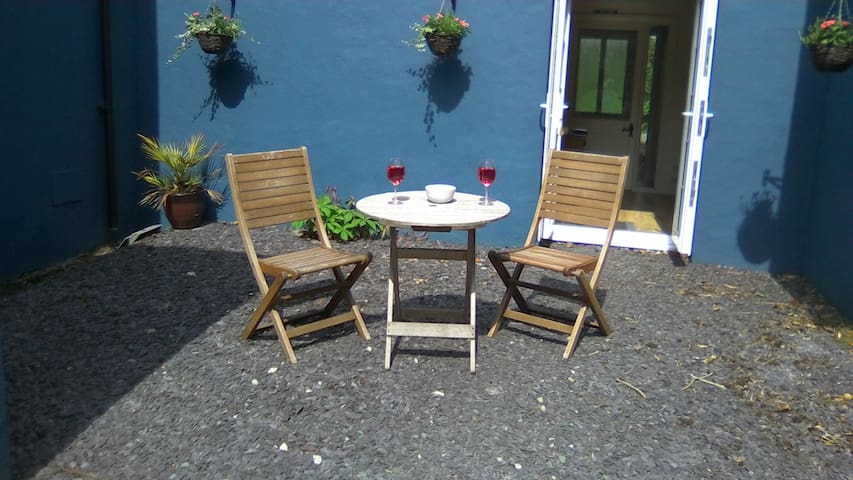 Sunny Seating Area