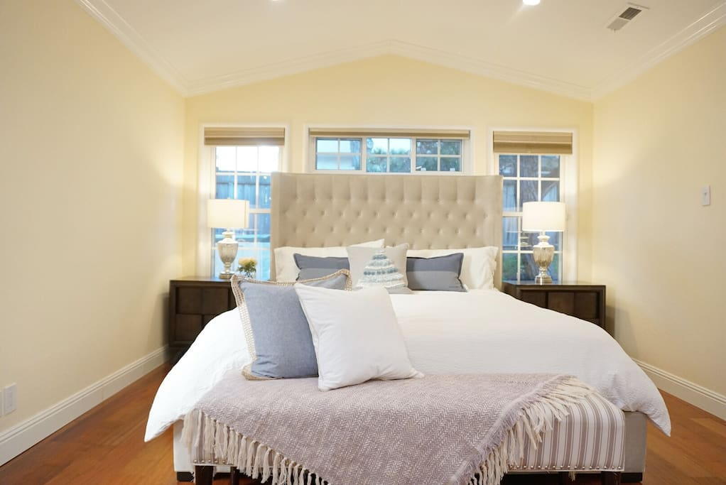 Brand new calking bed with comfortable pillows and 100% premier cotton beddings are all prepared for you.