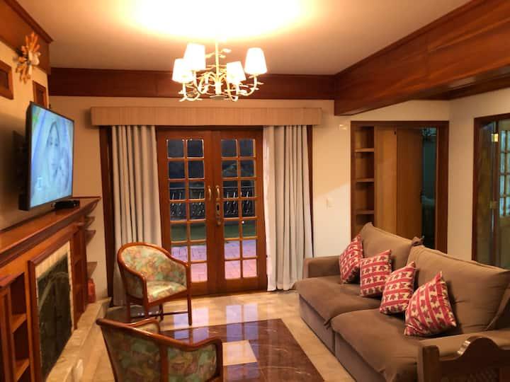 Ambiente sofisticado com conforto e praticidade