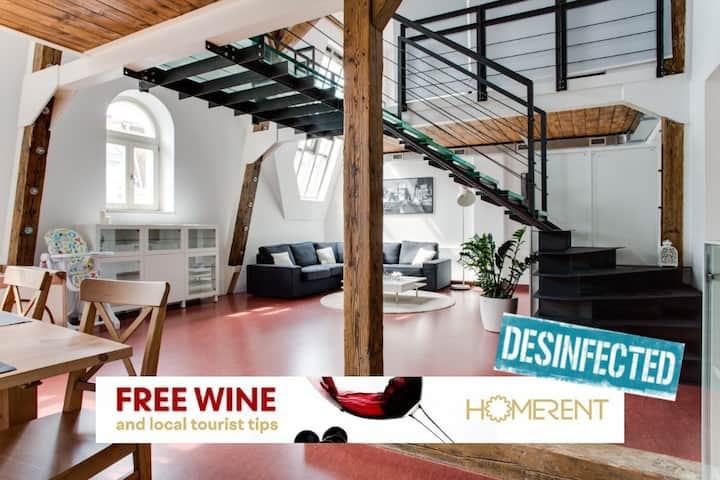 Prague CITY CENTER design LOFT by HOMERENT