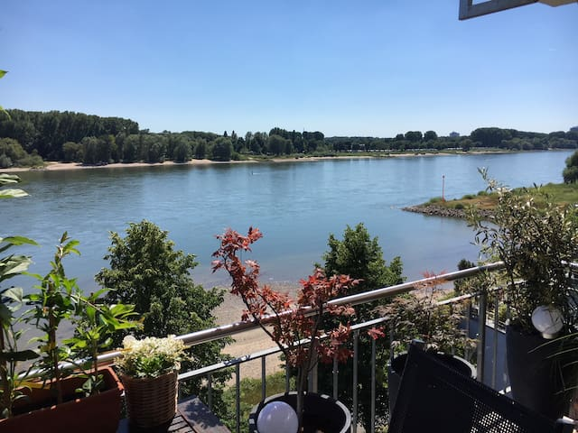 River View-close to Kölnmesse/Exhibition & Airport