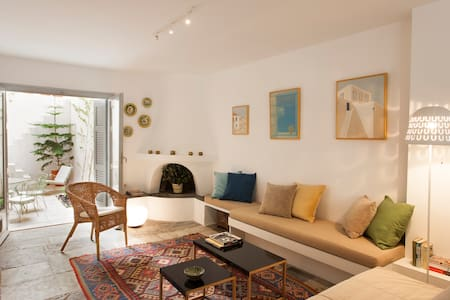 Charming, fully renovated flat - Athènes