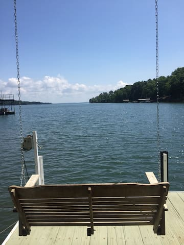 Private - Lake getaway with dock and 7 mile view