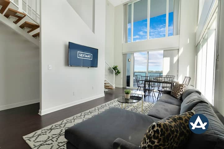 Sextant | 2-Story Waterfront Condo #9 | Heated Pool | 10 mins to Miami Beach