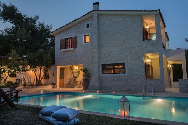 Villa Corina near Athens airport. - Anatoliki Attiki - 別荘