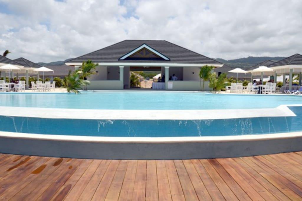 Villa richmondestate vacation getaway withbeach