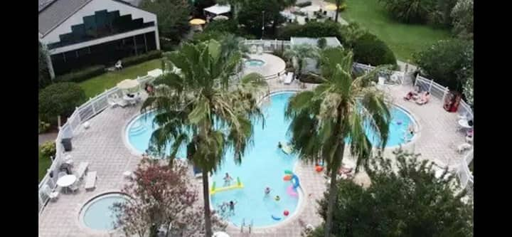 New luxury condo in Disney World, 3 amazing views