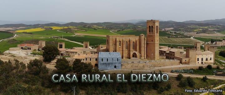 Casa El Diezmo Entre murallas y torres