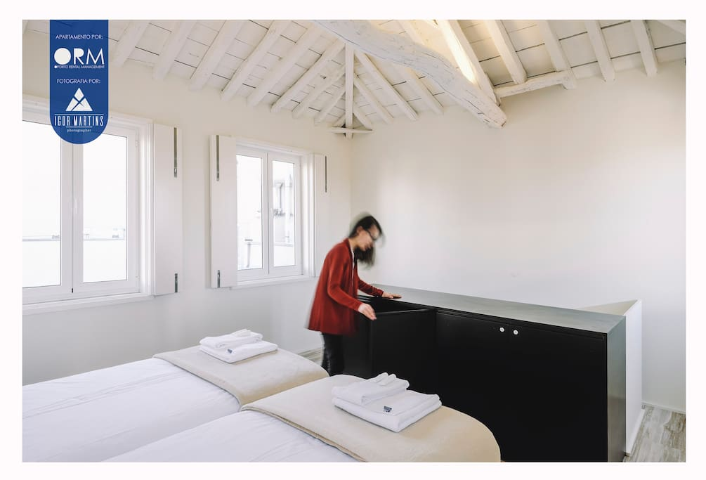 Bedroom (2 single beds and mezzanine)
