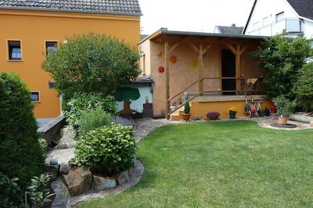 Ferienwohnung Feenhaus * Erholung und Entspannung - Stipshausen - Daire