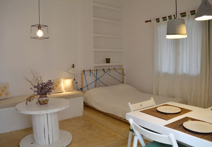 Kea Boutique Studio by the beach - Korissia - Bungalow