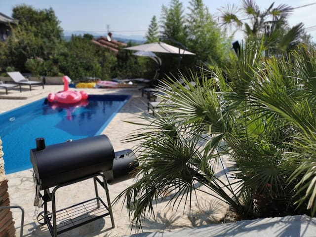 Spacious private pool