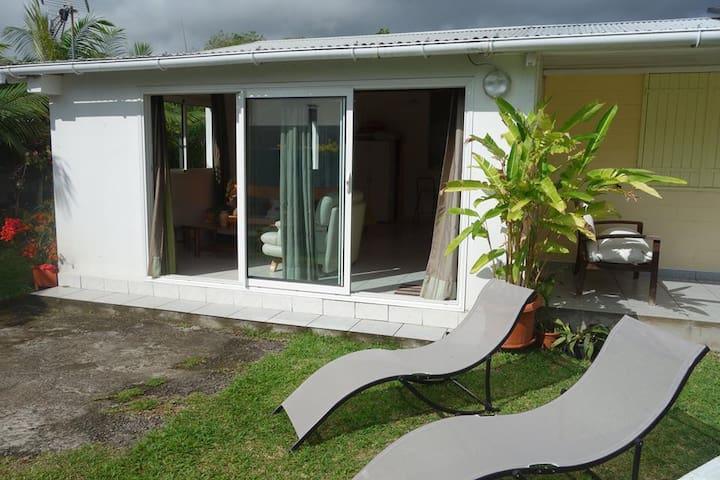 Agréable studio de 50m² - Saint Andre - Casa