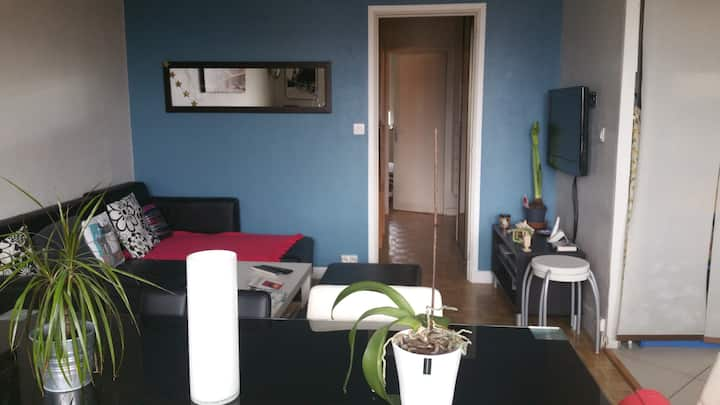 Nice apartment 5 minutes to Paris !