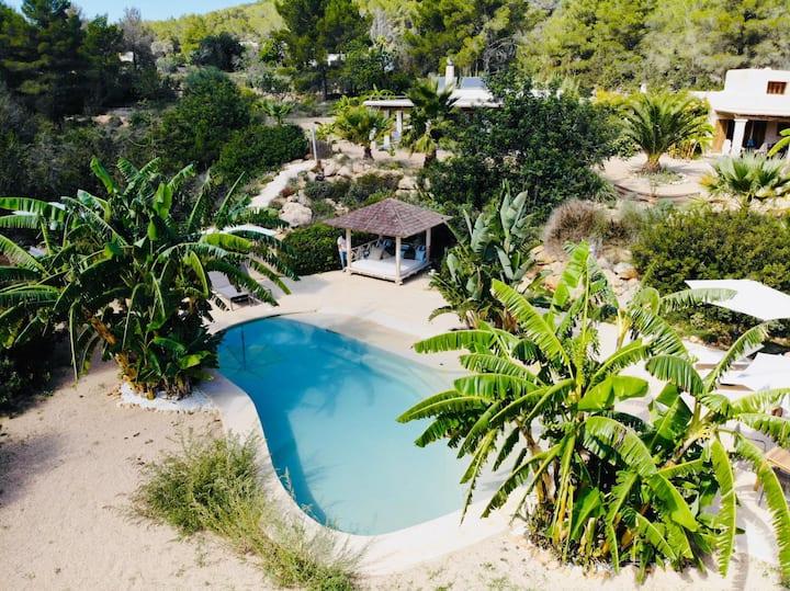 RUSTIC FUSION SOUL - ECOFRIENDLY IBIZA PARADISE