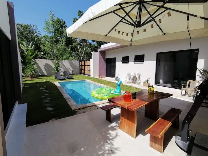 Villa Annamaria private pool with jacuzzi by Alex