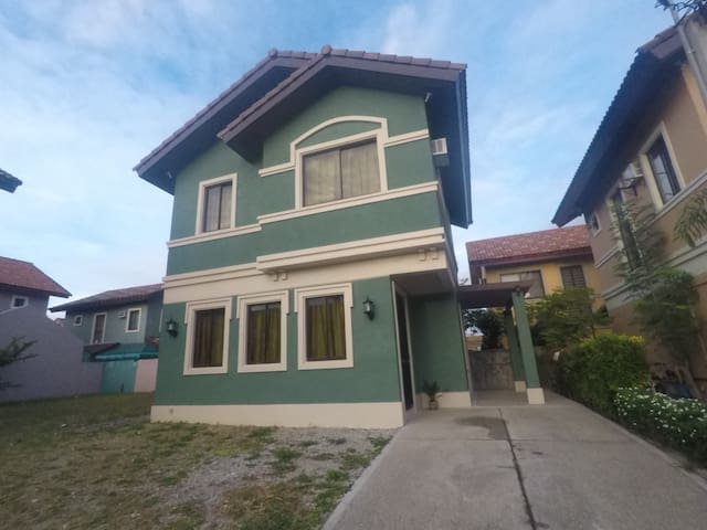 Furnished House along Daang Hari Alabang - Bacoor - Casa