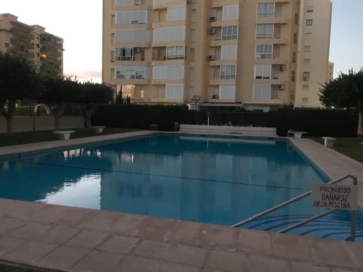 apartamento ideal en gandia con piscina