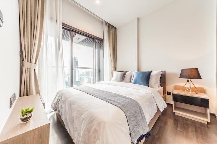 ⭐⭐⭐⭐⭐ Rama9 MRT Luxury Suite Infinity Pool 泳池奢华公寓