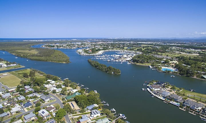 Beautiful Marina Getaway near Theme Parks!