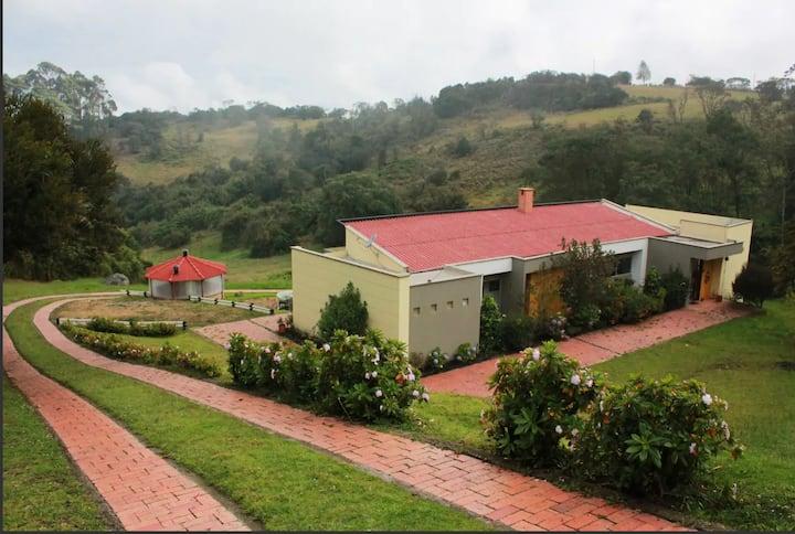 Casa-finca cerca de Tenjo, Tabio y Subachoque