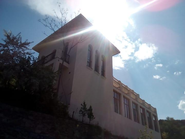 Castlerock Villa