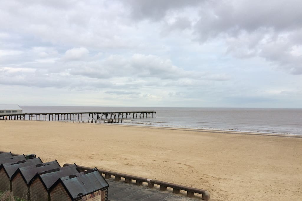 South Lowestoft beach. Ten minutes walk from cottage