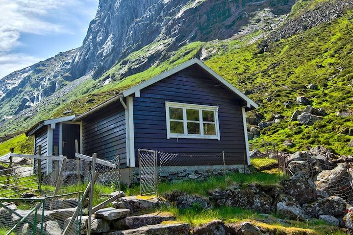 Sølvane Gard - Støylssuite m/nydelig utsikt for 2