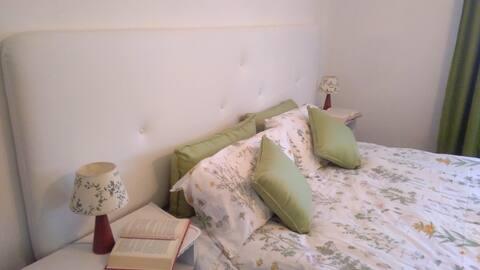 The Green Room (Casa Cortese)