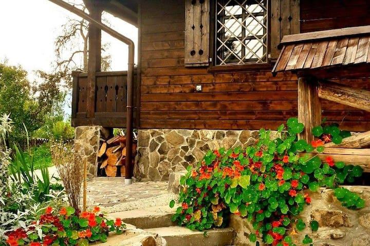 Садиба «Остра» - прекрасний вид на гори!