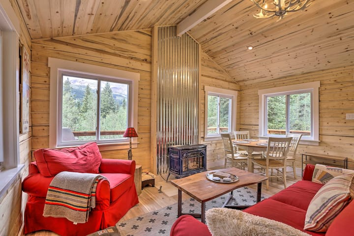 NEW! Park County Cabin: Mountain-Peak Surroundings