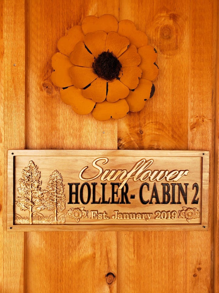 Kinfolk Farms - Sunflower Holler Cabin