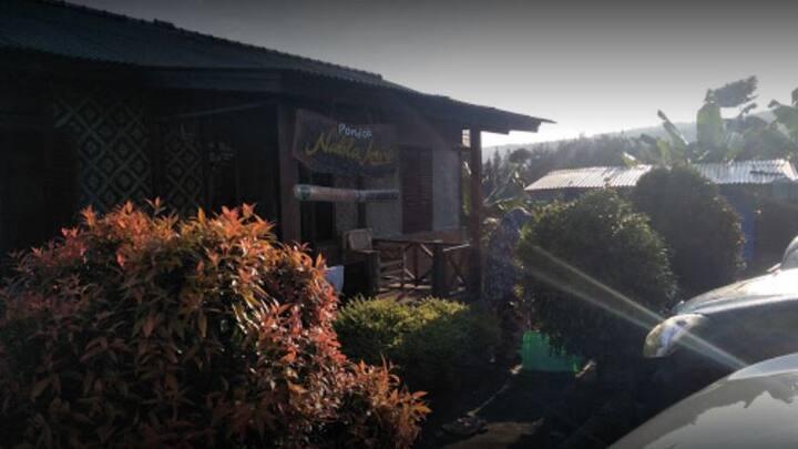 Nice Villa with 5 bedroom at Pondok Amira