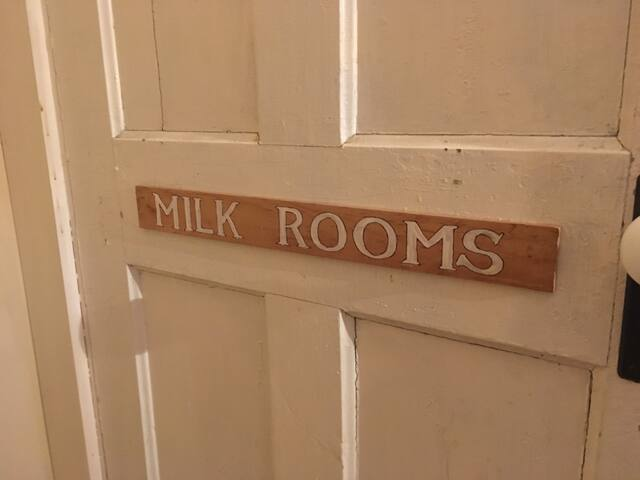 "Pinestead Farm Lodge, unit 1, ""Milk Rooms"""