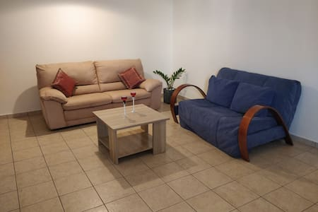 Spacious Apartment @ Nissi Avenue, Ayia Napa