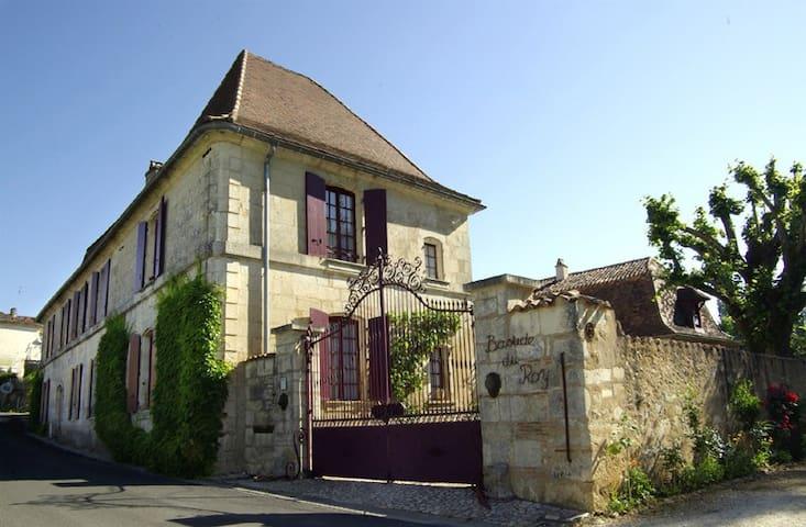 Domaine La Bastide du Roy (jusqu'à 24 personnes)