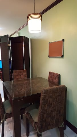 Fully furnished condo unit - Ciudad Quezón - Casa